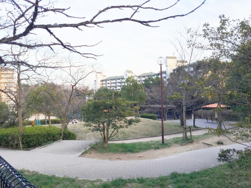 公園も隣接しており、お子様にも嬉しい立地