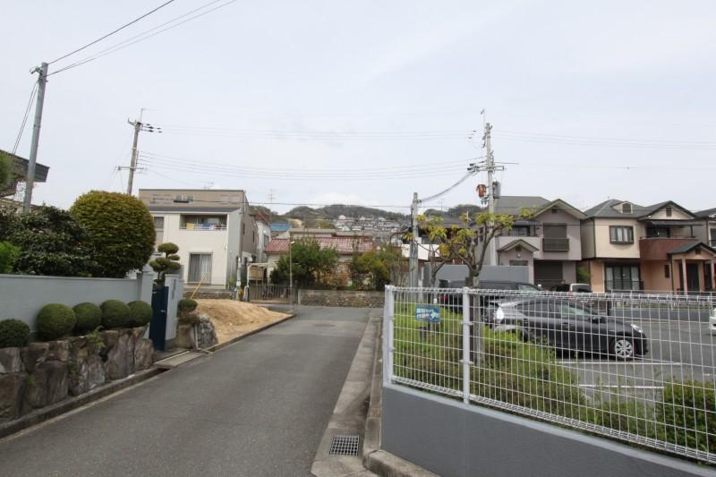 宝塚市内の閑静な住宅地。