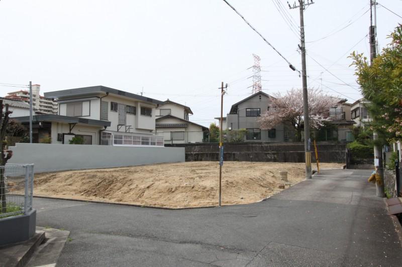 すっきりとした場所に、全3区画の新築住宅が出ました。