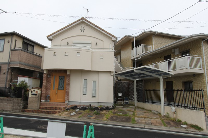 駅前住宅は希少価値あり。当該物件は阪急「川西能勢口」駅まで徒歩8分 JR福知山線「川西池田」駅まで徒歩9分の好立地
