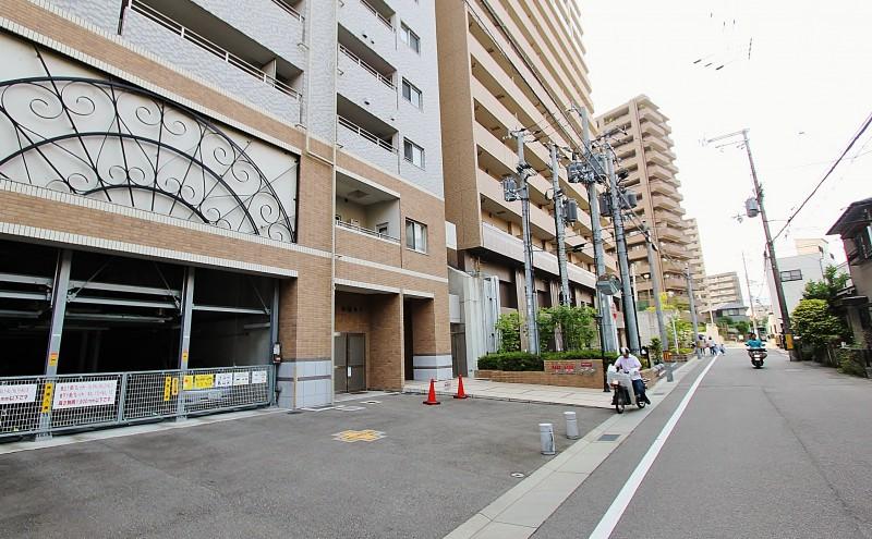立地条件:駅まで徒歩6分の好立地。しかも最寄駅は人気の「阪急今津線 宝塚南口駅」。