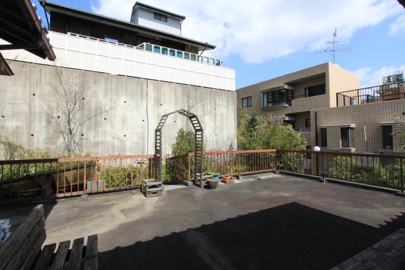 敷地北面:家庭菜園用地
