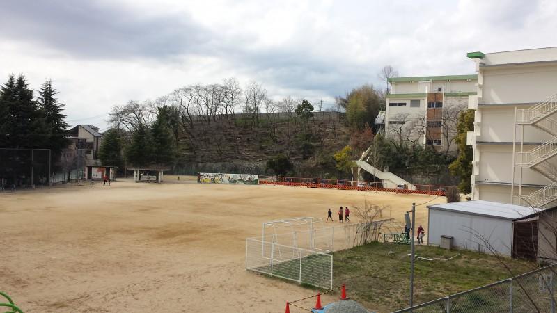 現場より南側:桜ケ丘小学区