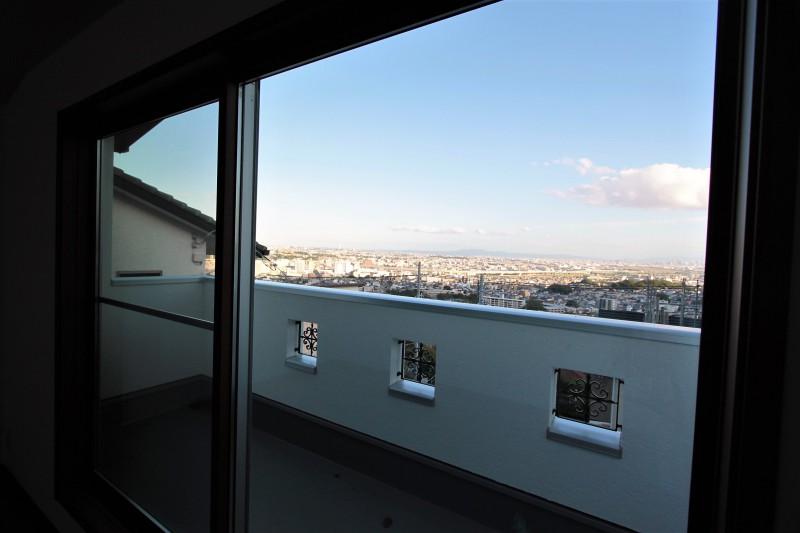 眺望「宝塚市雲雀丘1丁目」築浅物件 眺望を楽しむ家