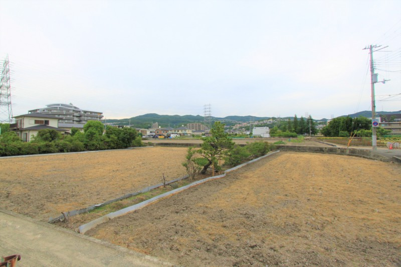 【物件北側からの眺望】北側は自然豊かな景色が広がります。