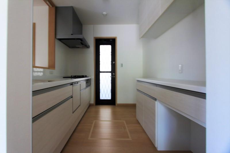 【キッチン】食洗器付きシステムキッチン