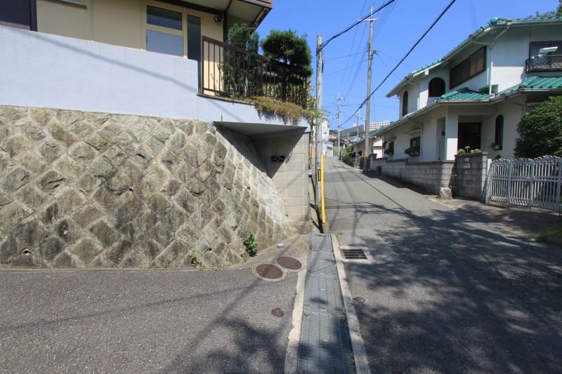 宝塚市花屋敷荘園3丁目 現地写真